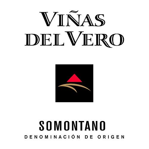 VIÑAS DEL VERO -  Actualmente, Viñas de Vero es la primera bodega de la denominación de Somontano por su volumen y calidad de producción. La empresa cuenta con 700 hectáreas de viñedo propio y una capacidad de comercialización de 5 millones de botellas al año. Es una de las bodegas españolas más contemporáneas tanto por su tecnología como por el estilo de sus vinos