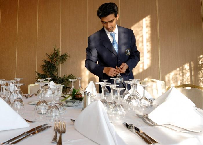 10 claves para el xito de una cena con invitados en el hogar for Cenas para invitados