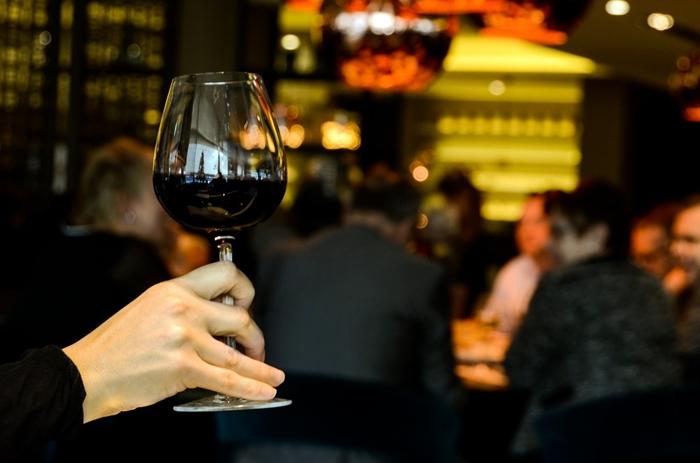 beber vino es malo para la próstata