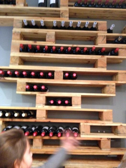 C mo hacer un botellero con un palet - Botelleros de madera para vino ...