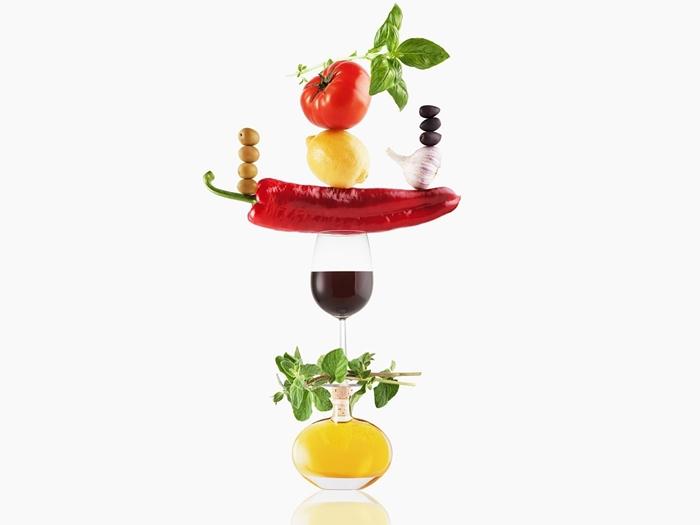 El vino es mejor para el organismo si se consume con alimentos saludables
