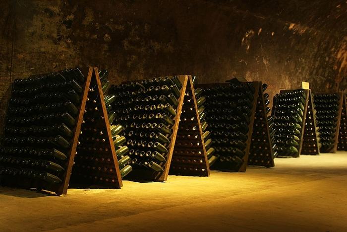 Cavas de vino espumoso en segunda fermentación en botella