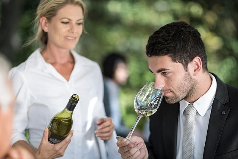 Catar vino restaurante