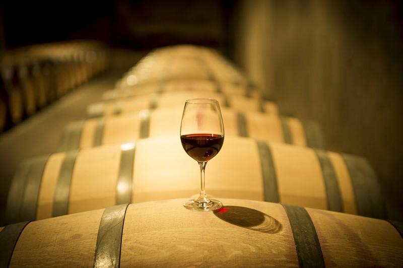 El vino que nace de las barricas