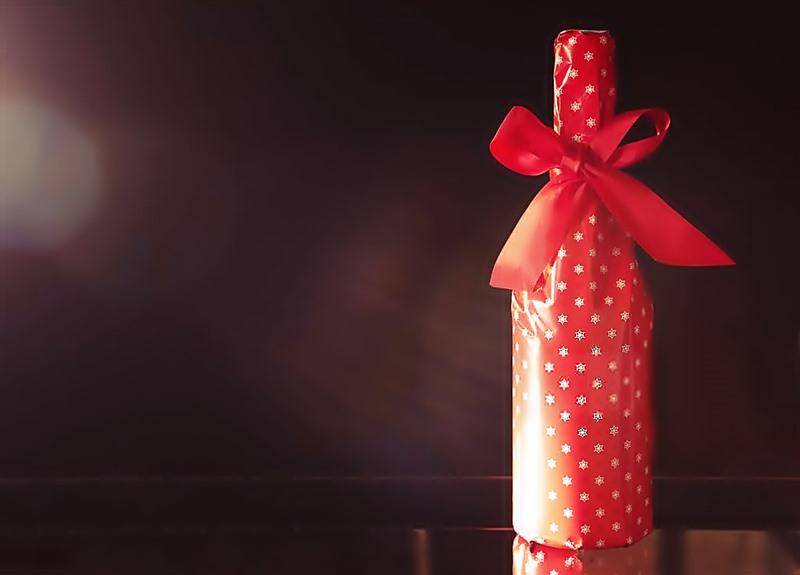 Regalar vino, el regalo perfecto