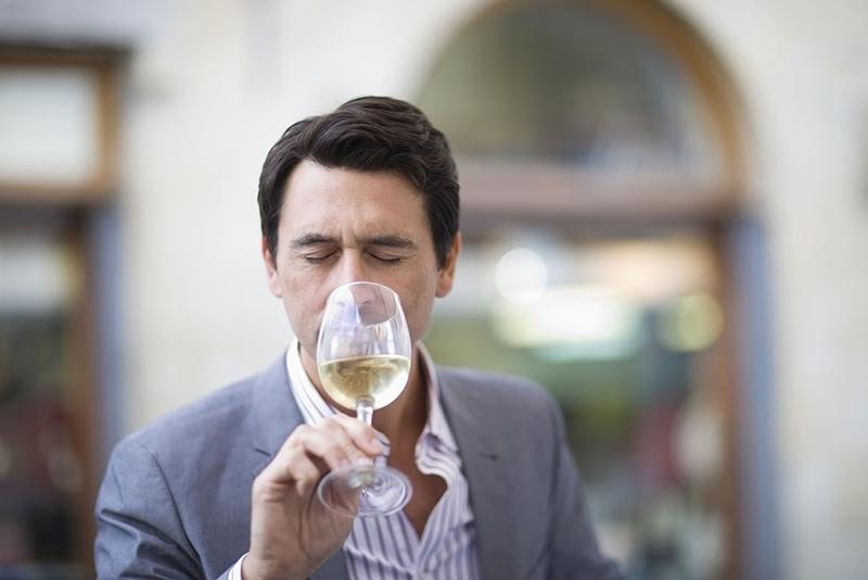 Chico catando, fase olfativa vino