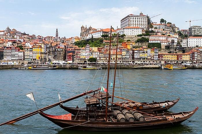 Oporto el mejor destino europeo for Oficina turismo oporto