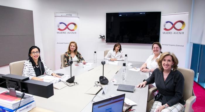 Mujeres Avenir analiza soluciones para salir de la crisis de la Covid-19