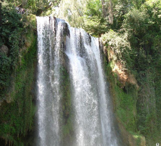 Tres visitas en una piedras vino y chocolate for Piedras para cascadas